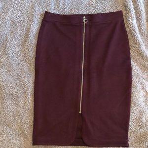 Ribbed maroon midi skirt